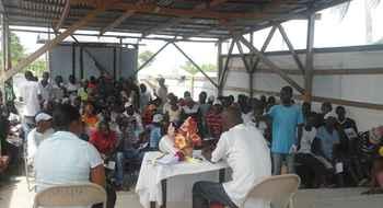 Visite de solidarité de militants sud-africains du Droit au Logement dans les camps de déplacés haïtiens